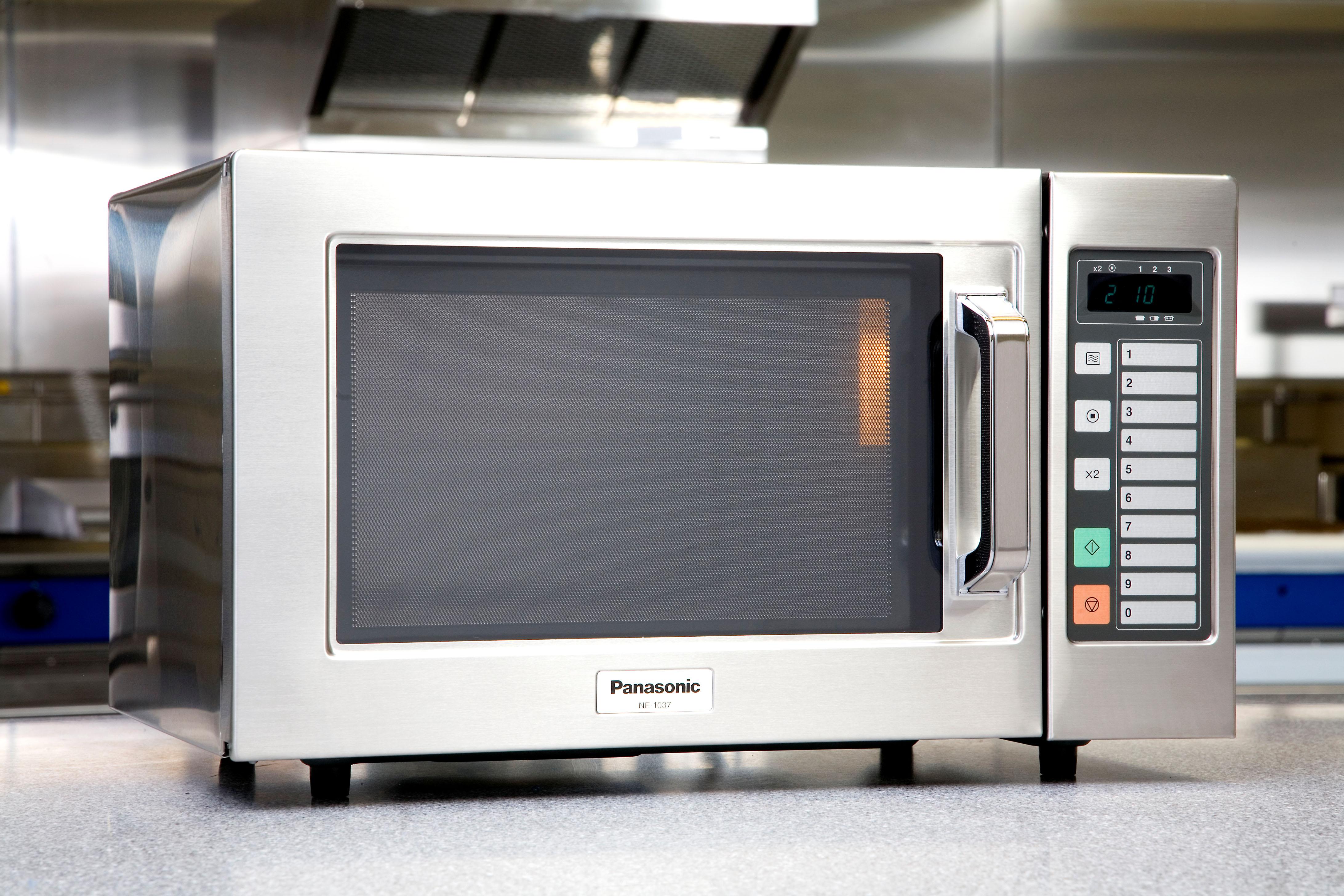 Panasonic Ne 1037 Light Duty Commercial Microwave Oven
